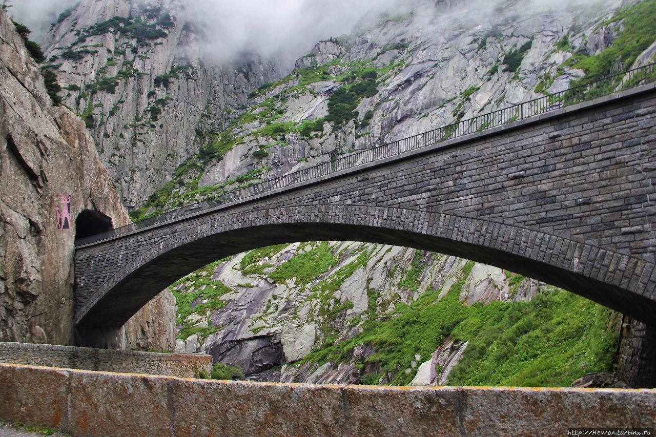 чертов мост альпы фотографии зимы так как
