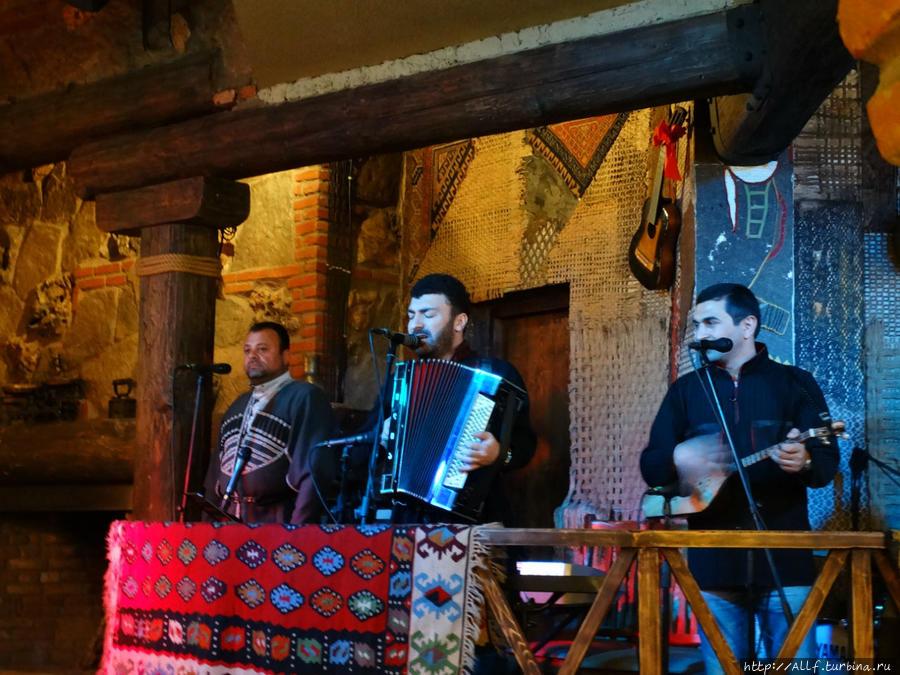 немного г тбилиси ресторан фаэтон фото является