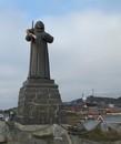 Памятник Хансу Эгеде, епископу Гренландии.