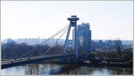 Мост SNP — однопилонный стальной дорожный мост веерного дизайна. Это единственный мост в Братиславе, не имеющий ни одной опоры в русле реки Дунай и считающийся самым большим в городе.