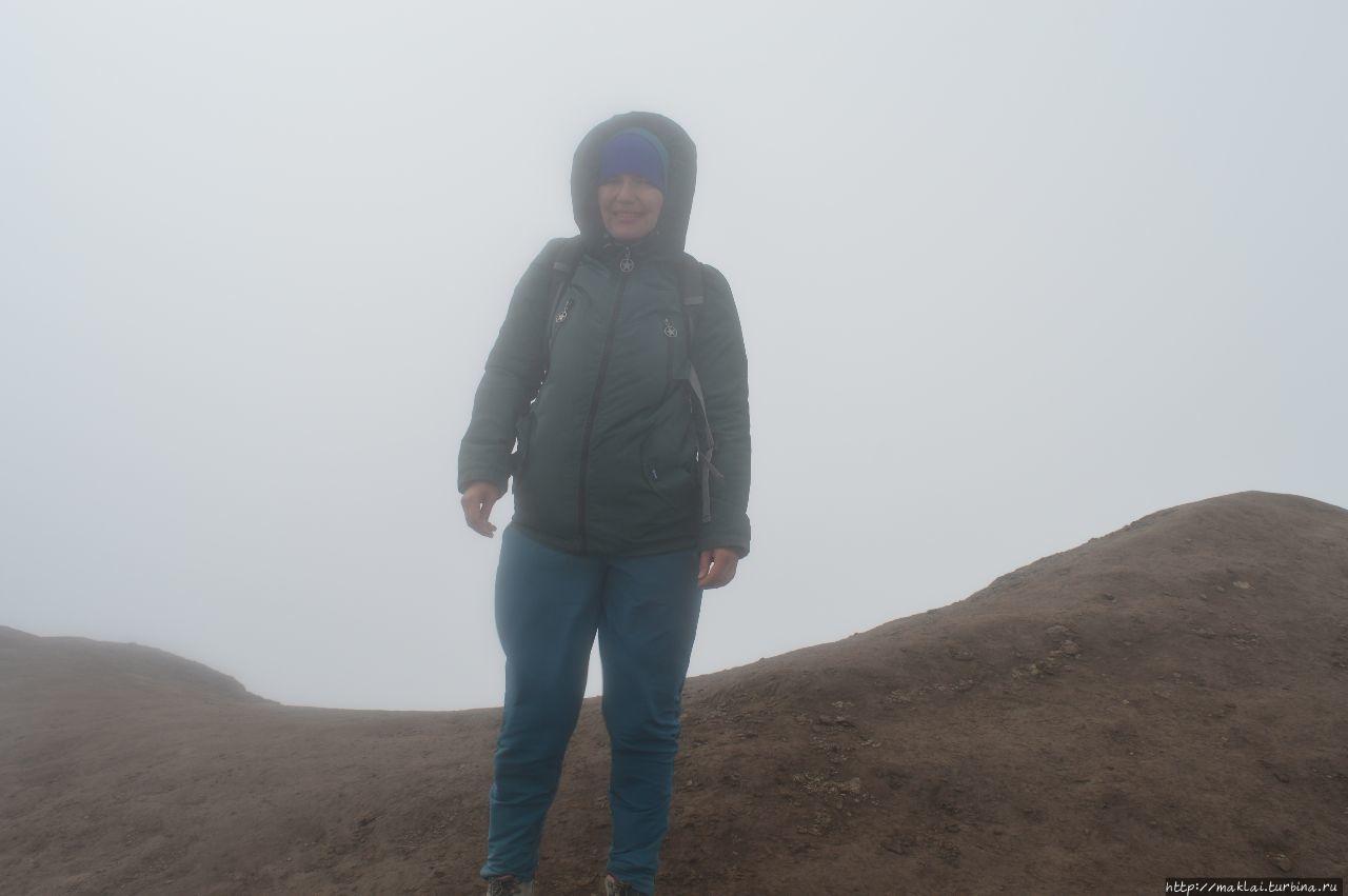 На краю кратера. Дальше о