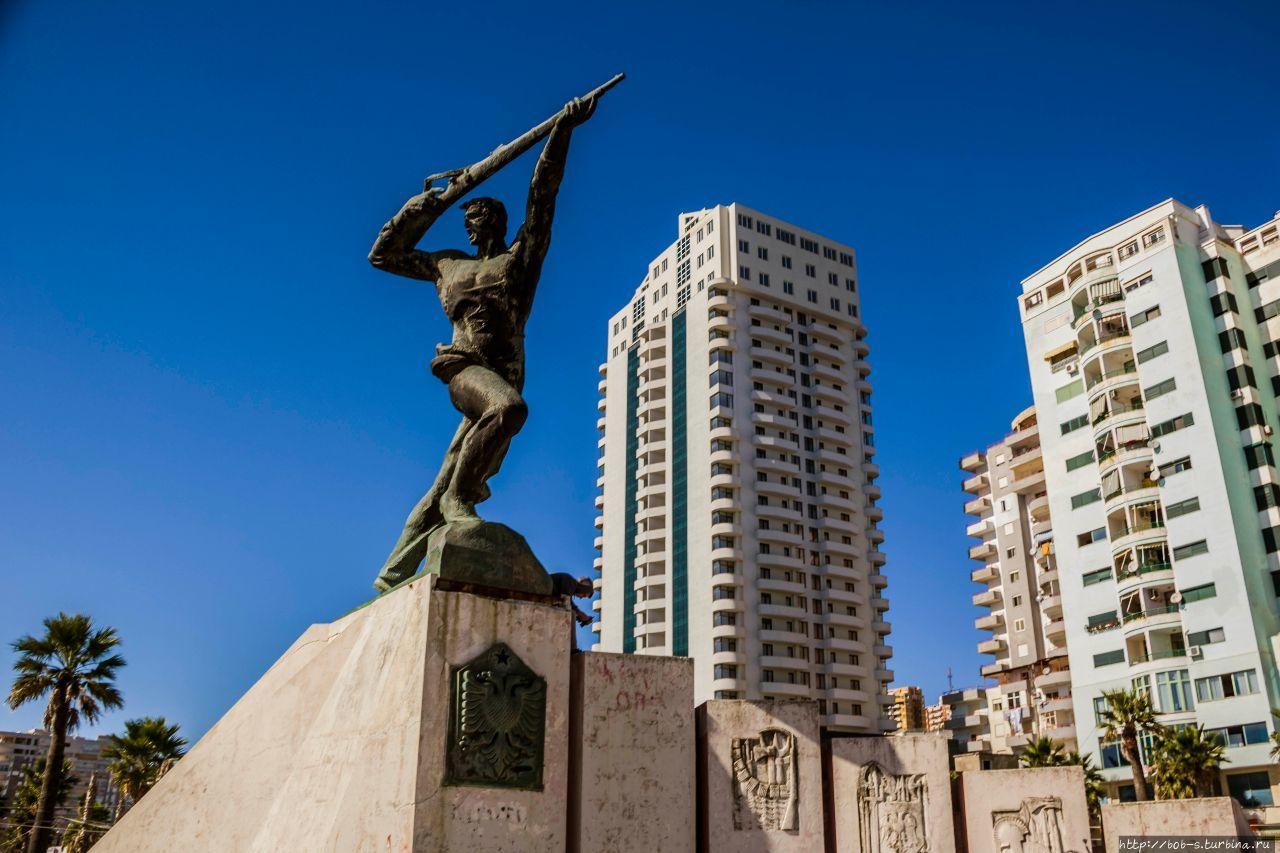 Памятник партизанам, коих