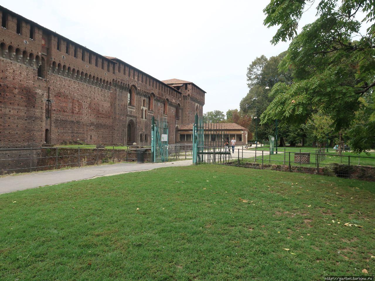 Миланский замок первонача
