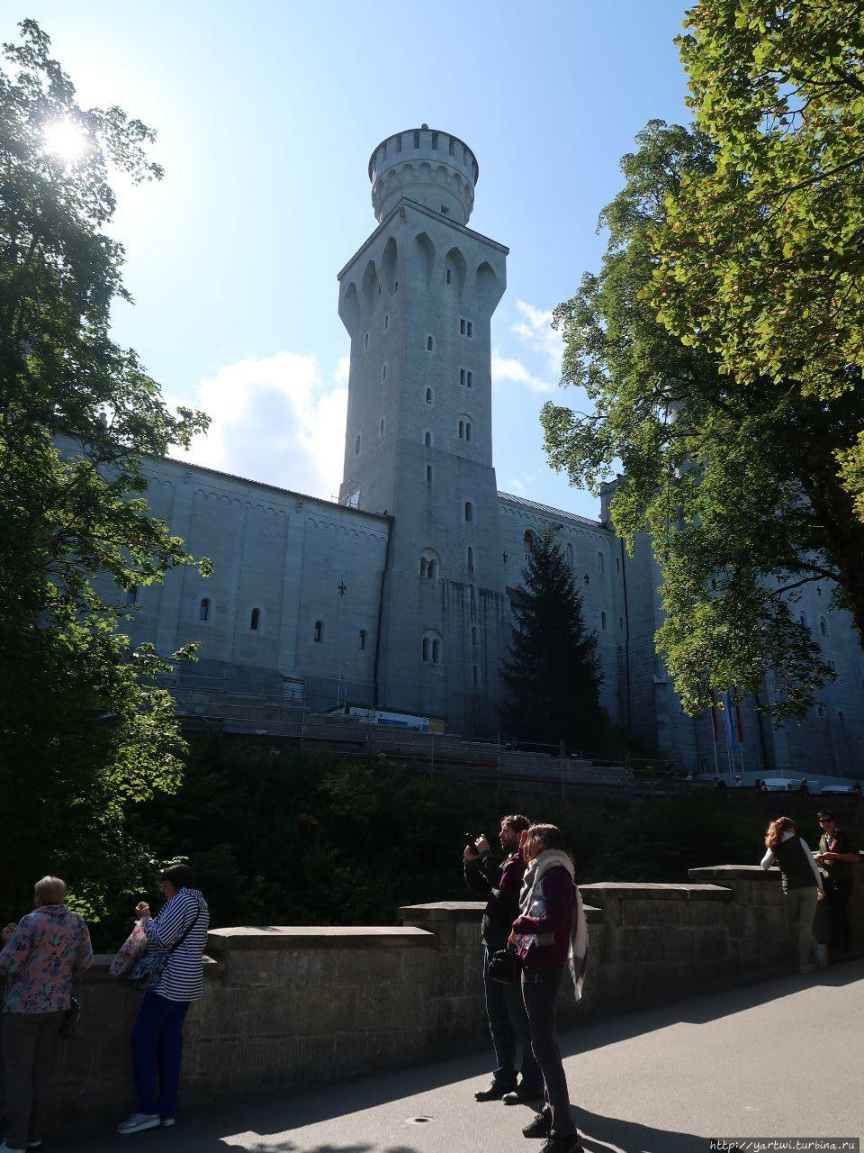 Замок Нойшванштайн — рома