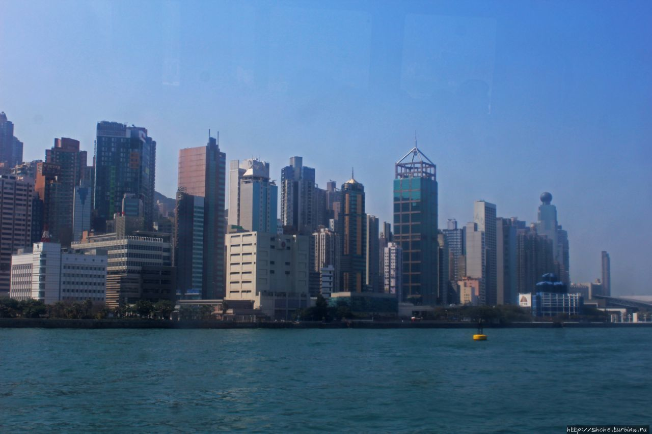 Центральный паромный причал Виктория, Гонконг