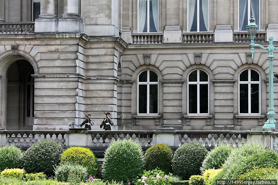 часть брюссель королевский дворец фото вандерер предлагаем