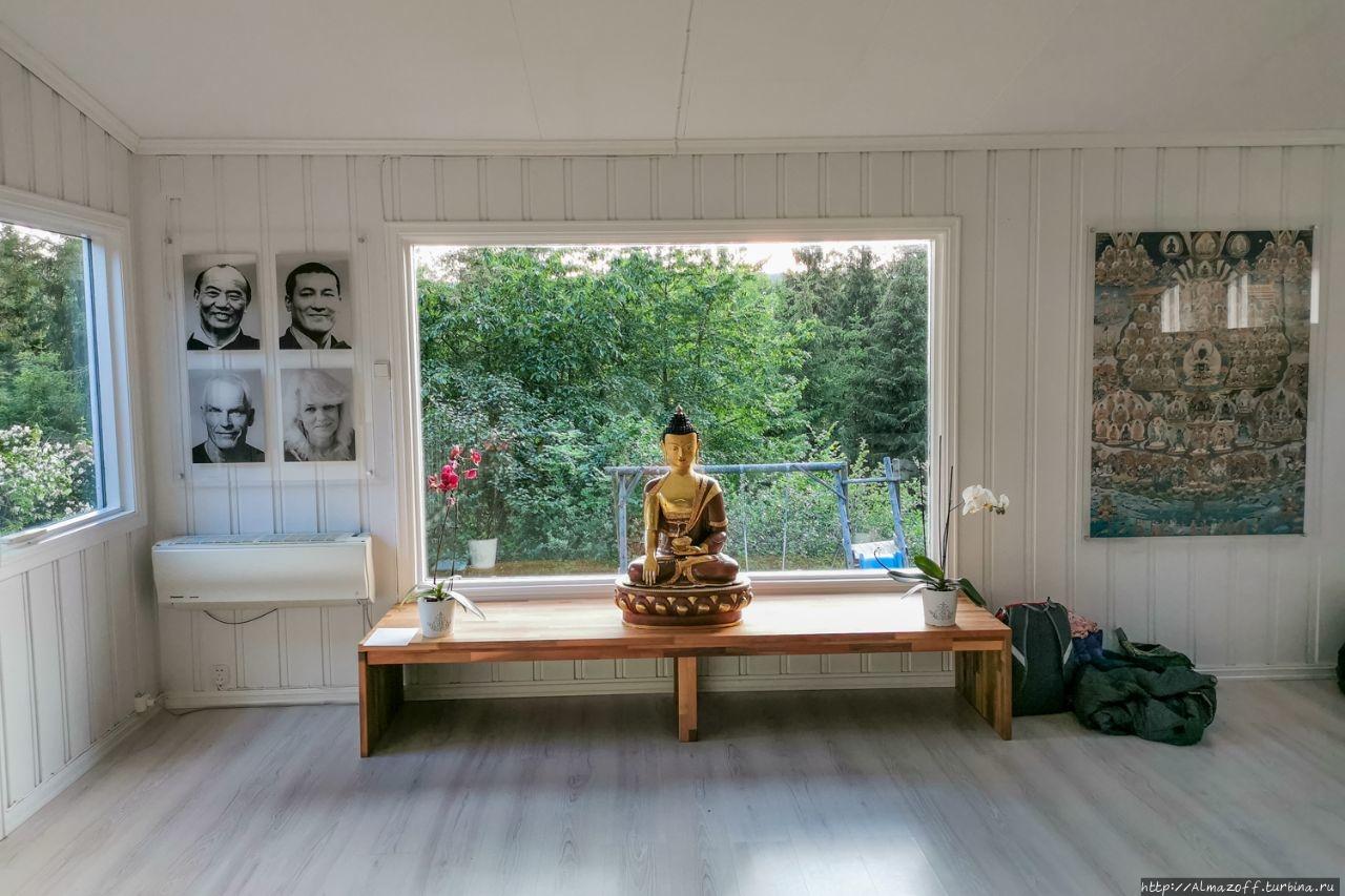 Буддийский центр школы Карма Кагью в Хеггедаль Хеггедаль, Норвегия