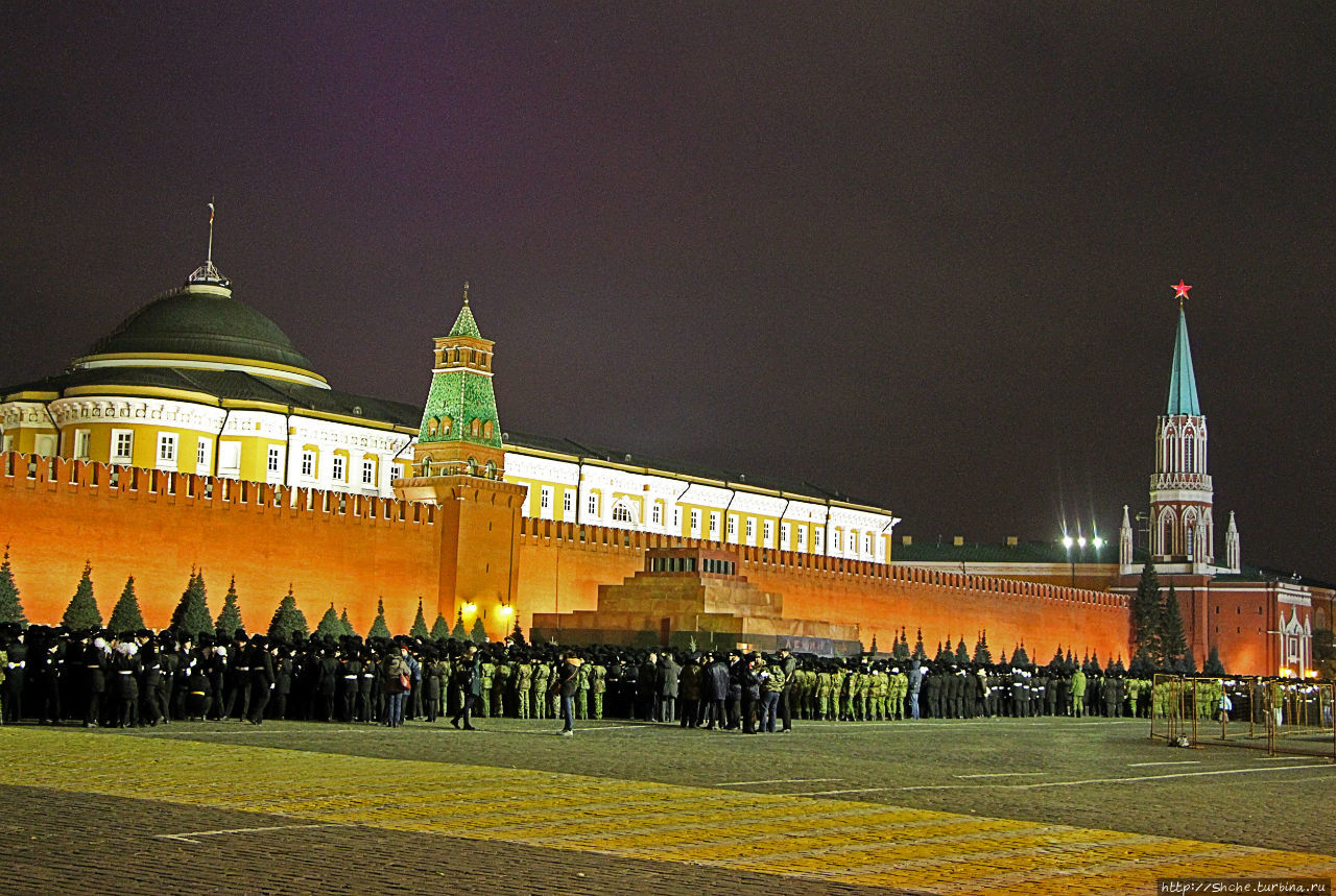 все картинки кремля красной площади довольно