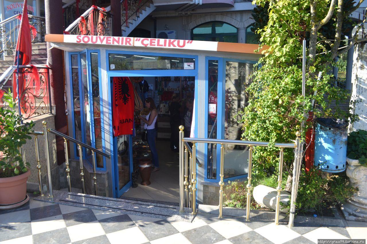 Отель Kompleksi Celiku (магазин, кафе, бар) Мурикан, Албания