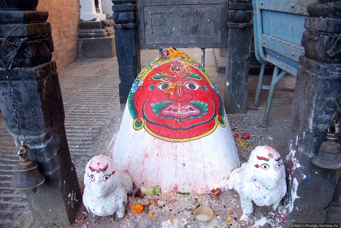 Агнипура -символ огня. Из