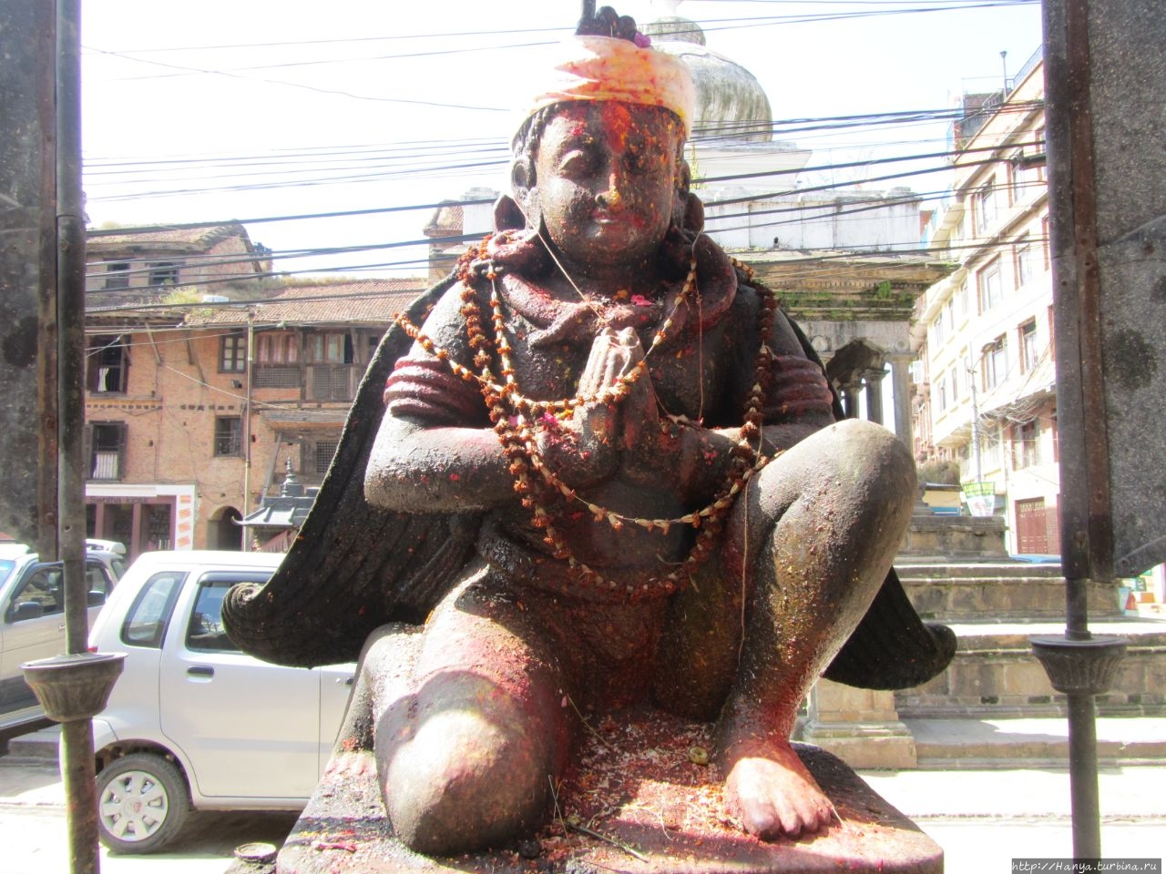 Храм Swotha Narayan.  Гар