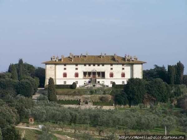 Вилла Медичи де-Артимино Артимино, Италия