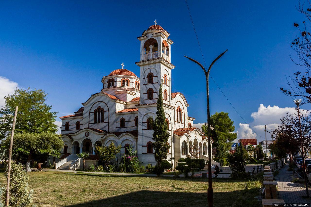 Один из православных храм