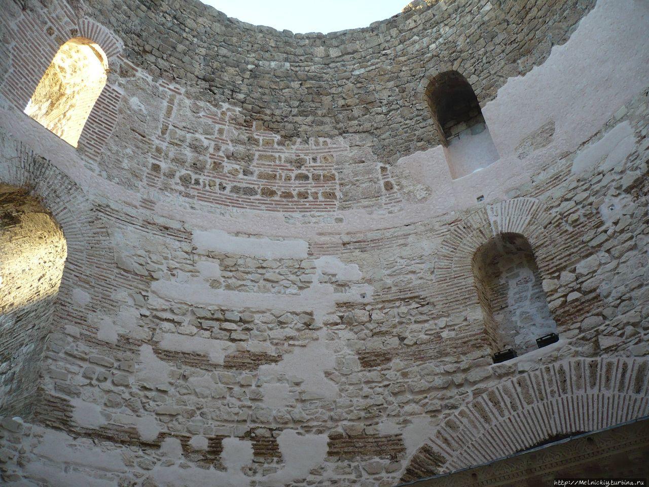 фото подземелье дворца диоклетиана фото хорошо изучить