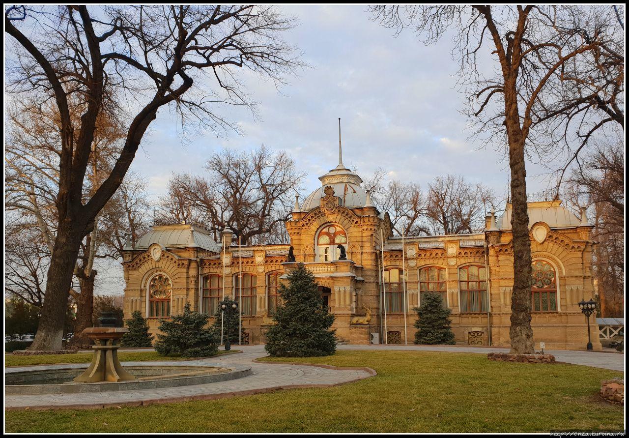 Дворец Романовых, построе