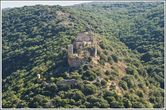 Самый лучший вид на крепость Монфор — со стороны парка Горен.