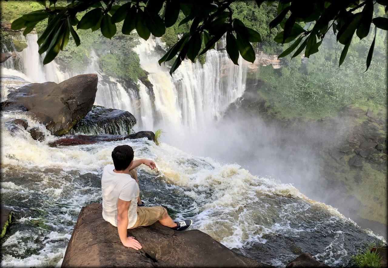 Красивейший водопад Африки или природное чудо Анголы Маланже, Ангола