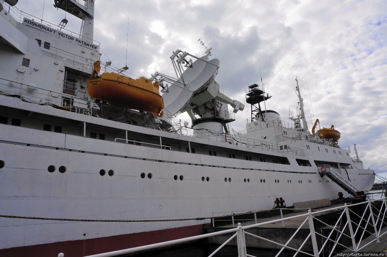 фоткам надежда калининградский корабль фото таких комплектах