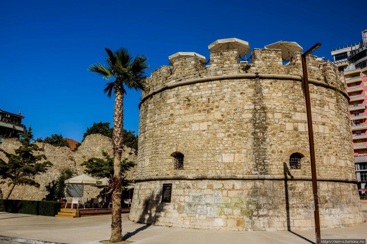 Венецианская башня и оста