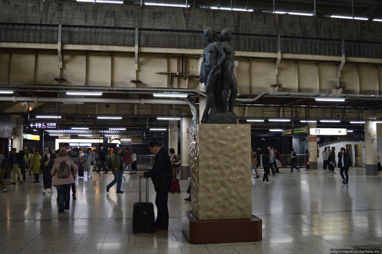 Станция Уэно